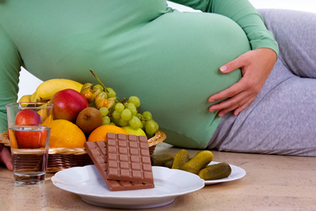 Gesunde-Ernaehrung-vs-Schwangerschaftsgelueste