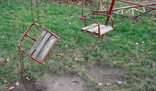 Verwahrloster-Spielplatz