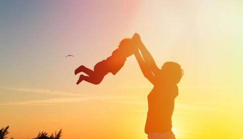 Urlaub und Baby: Das ergibt viele verträumte Postkartenmotive.
